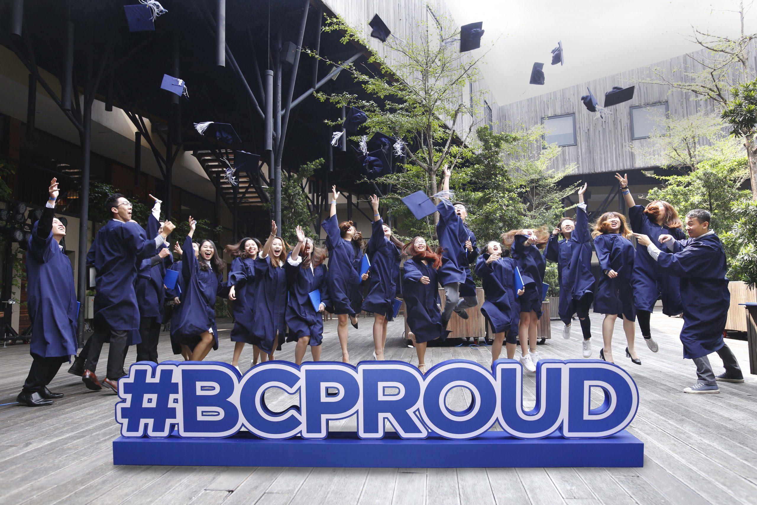 le tot nghiep sinh vien broward college vietnam 5